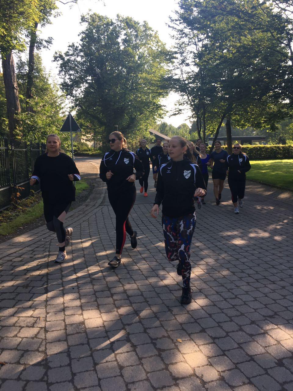 Beim Trainigslager 2017 konnten wir noch gemeinsam laufen.