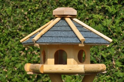 Sechseckhaus Vogelhäuser Michael Bode, Geseke